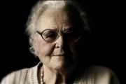 Přehrát zdarma dokument Šmejdi (2013) online ke shlédnutí